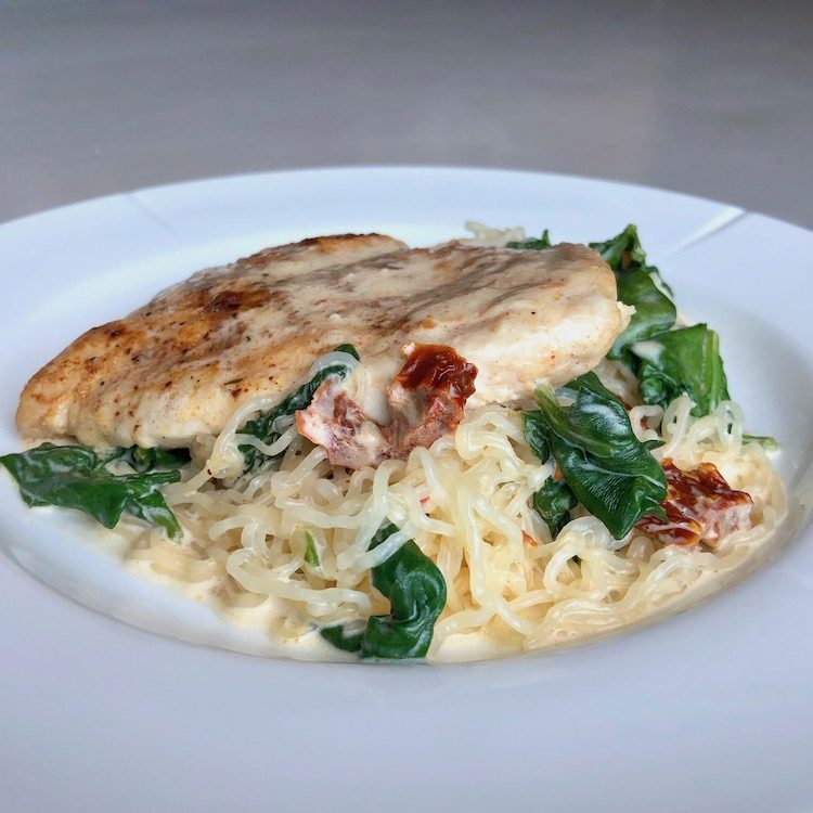 Chicken, shirataki pasta, spinach, garlic, sun-dried tomatoes, heavy cream, parmesan cheese